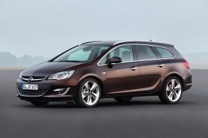 Der neue Opel Astra Sports Tourer Facelift 2012