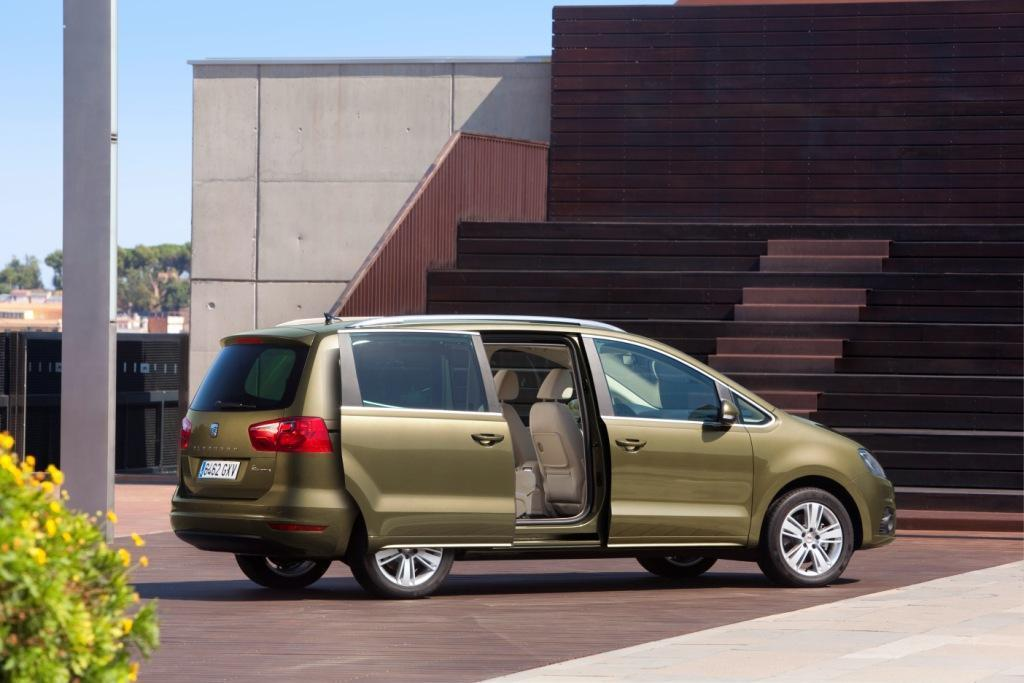seat alhambra 2 0 tdi test sharan bruder ganz gro. Black Bedroom Furniture Sets. Home Design Ideas