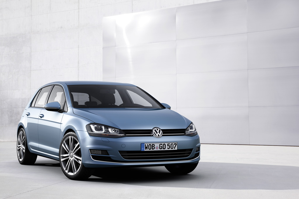 vw golf 7 kompaktwagen ab 10 november 2012 beim h ndler. Black Bedroom Furniture Sets. Home Design Ideas