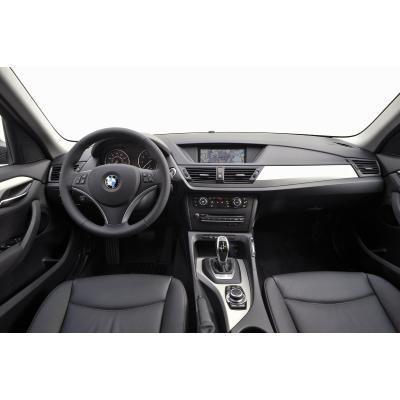 test bmw x1 bew hrtes hochwertig verfeinert. Black Bedroom Furniture Sets. Home Design Ideas