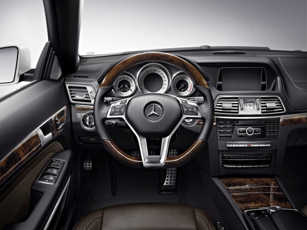 Mercedes Benz  E Convertible Dashboard