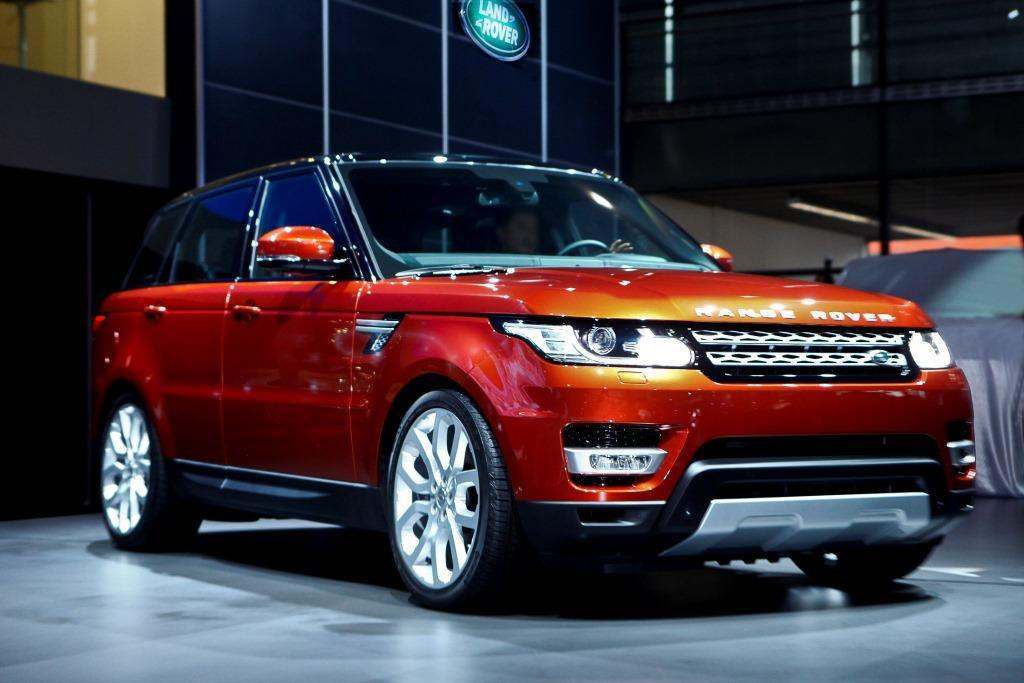 range rover sport preis neues suv ab euro. Black Bedroom Furniture Sets. Home Design Ideas