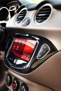Opel Adam IntelliLink