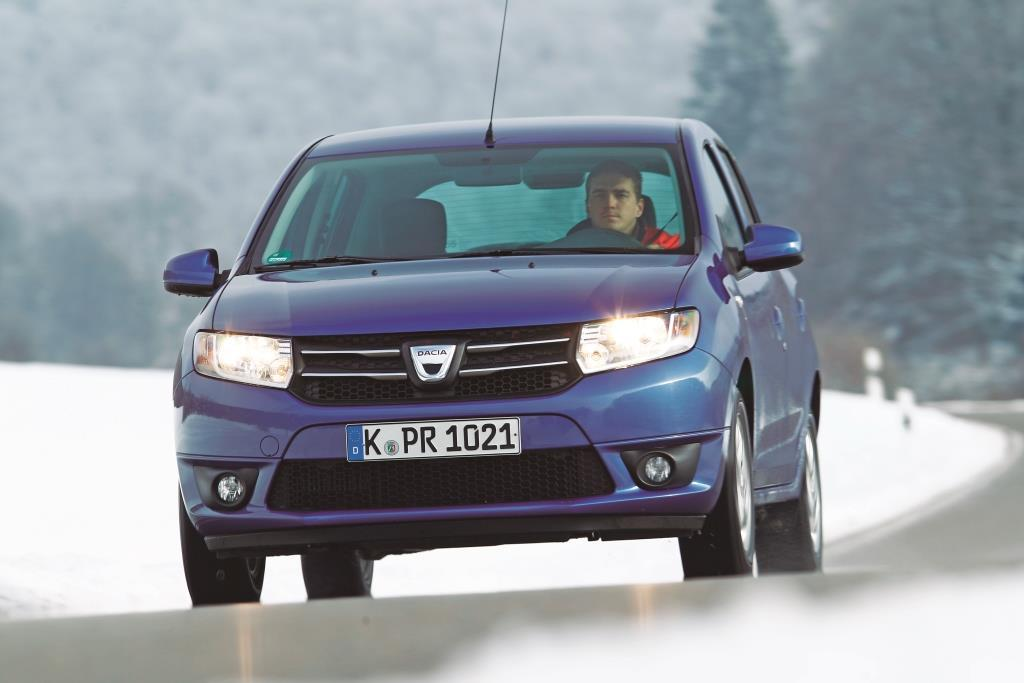 dacia sandero tce 90 test solides schn ppchen ohne. Black Bedroom Furniture Sets. Home Design Ideas
