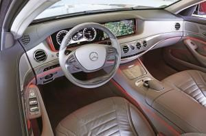 mercedes s400 hybrid test cockpit
