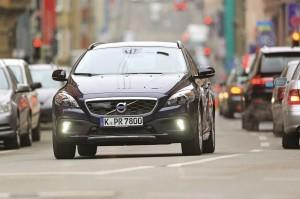 volvo v40 cross country test 2014