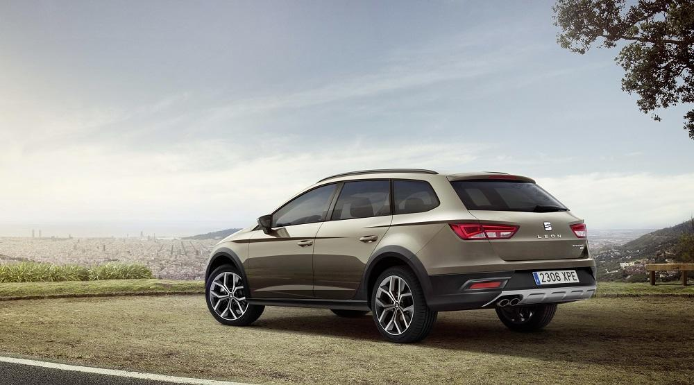 seat leon st x perience crossover aus spanien. Black Bedroom Furniture Sets. Home Design Ideas