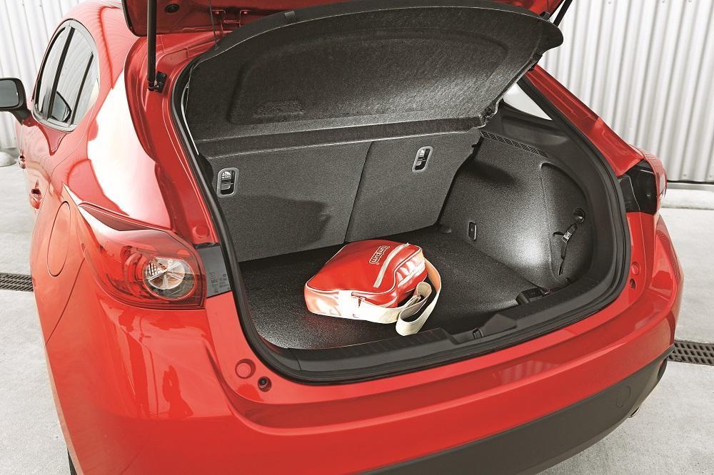 Mazda 3 5Türer D 150 Test geräumig und variabel