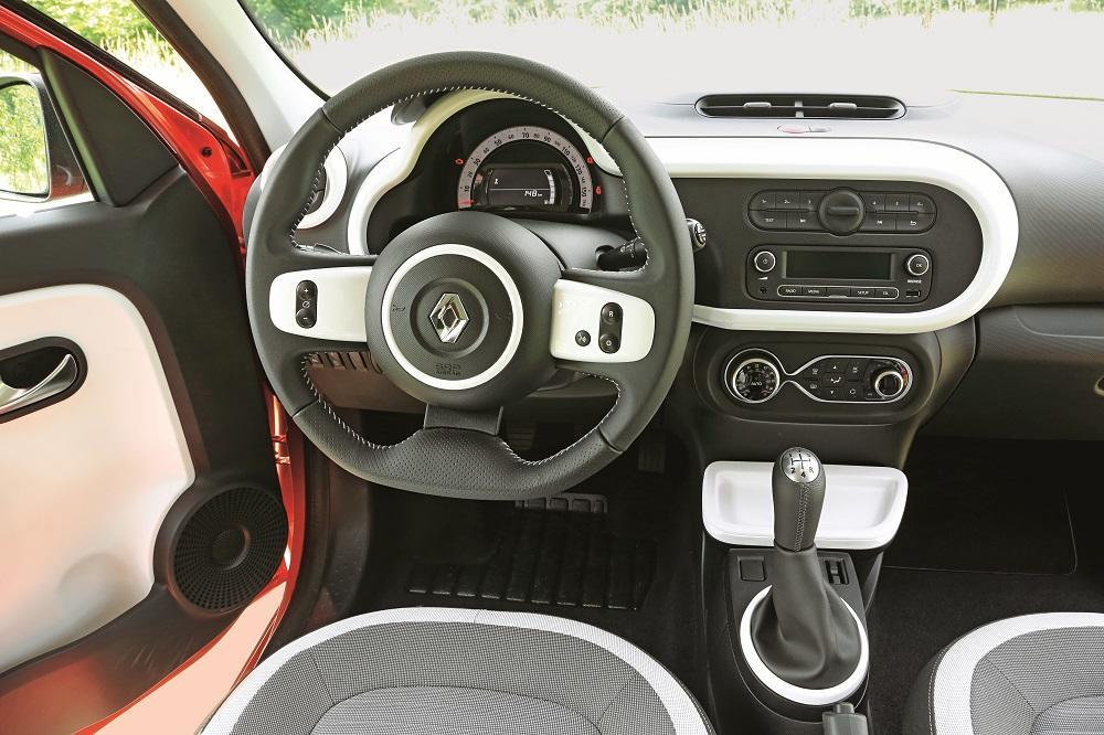 renault twingo 2014 tce 90 test gewagter aber gelungener konzeptwechsel. Black Bedroom Furniture Sets. Home Design Ideas