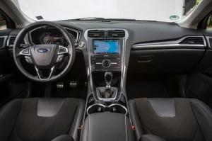 ford mondeo 2015 test cockpit