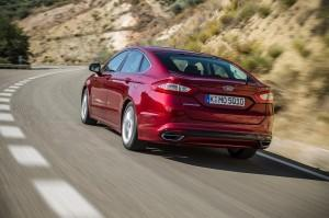 ford mondeo 2015 test hinten