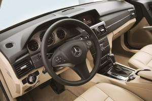 mercedes glk cockpit test 2015