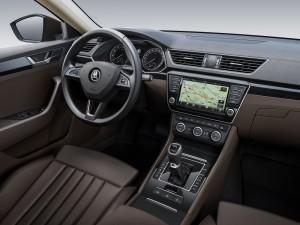 skoda superb 2015 cockpit
