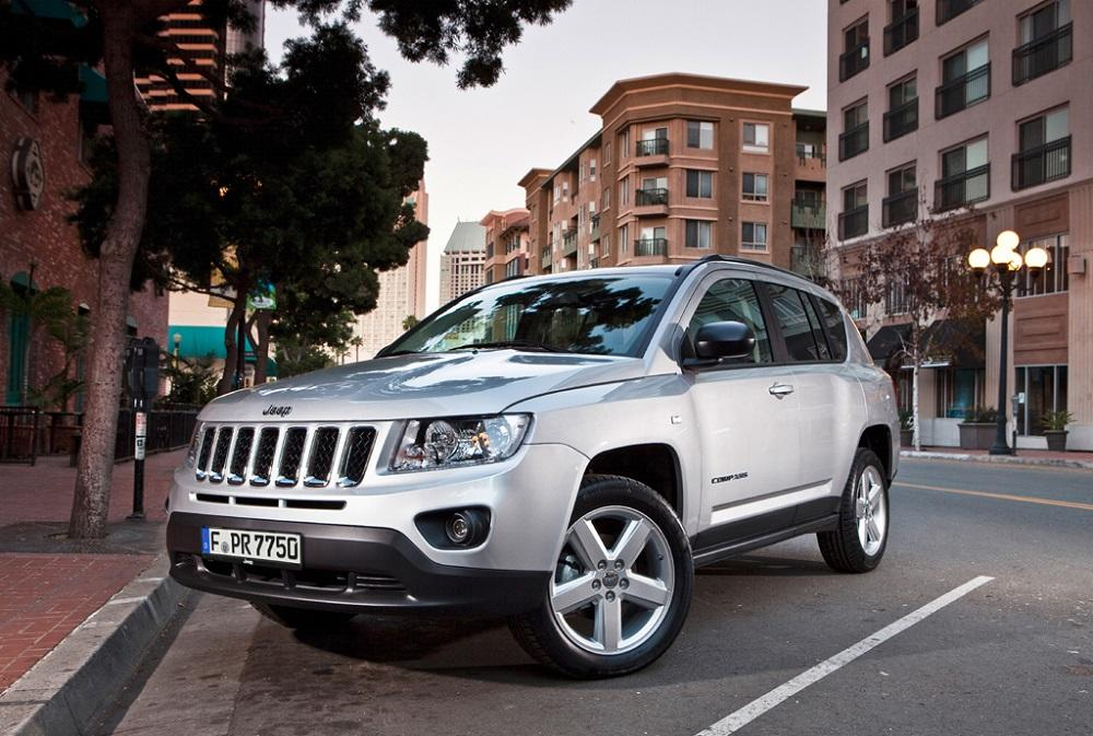 jeep compass 2015 neuer gel ndewagen. Black Bedroom Furniture Sets. Home Design Ideas