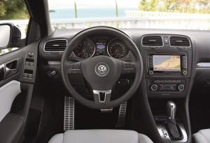 vw golf 6 cabrio cockpit