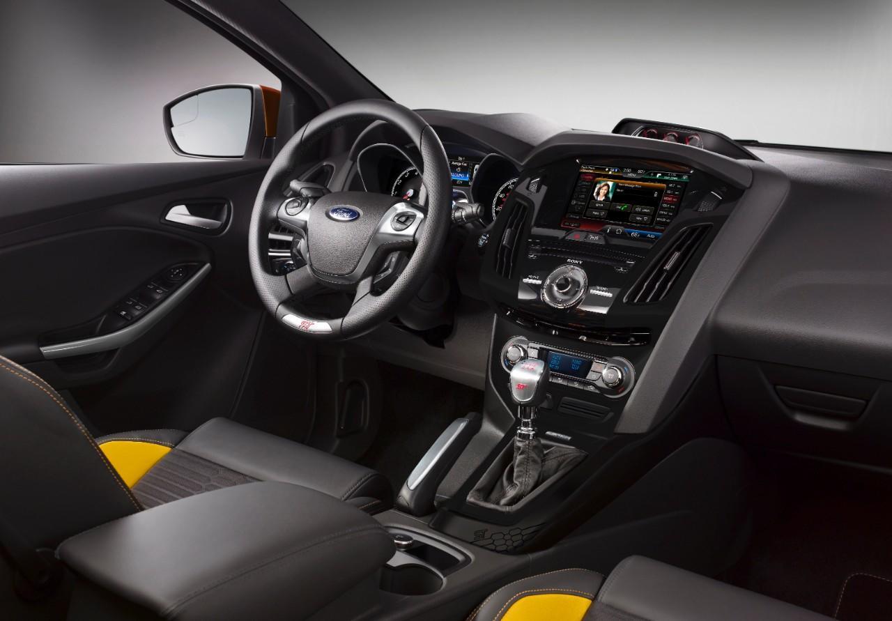 Ford Focus St 2015 Test Renn Sportler In Pflege Meinauto De