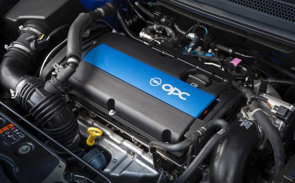 Fiesta St 200 >> Opel Corsa OPC (2015) Test: Die Krone der ...