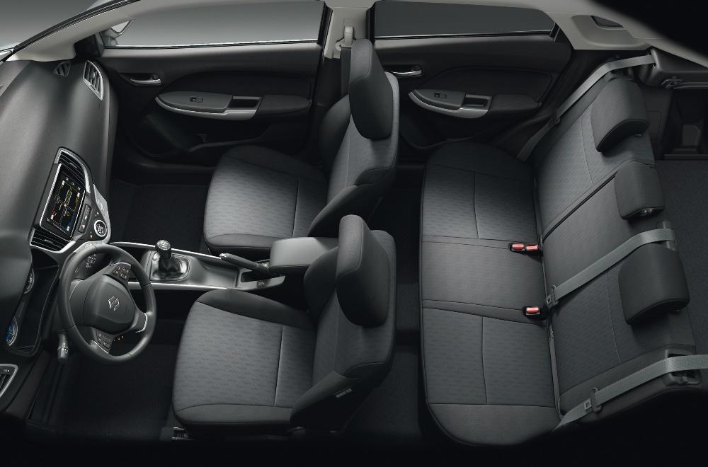 Suzuki BALENO 2015 Innen