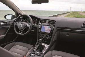 VW Golf Variant 2015 cockpit