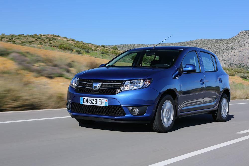 test dacia sandero 1 2 wirklich g nstig oder einfach nur billig. Black Bedroom Furniture Sets. Home Design Ideas
