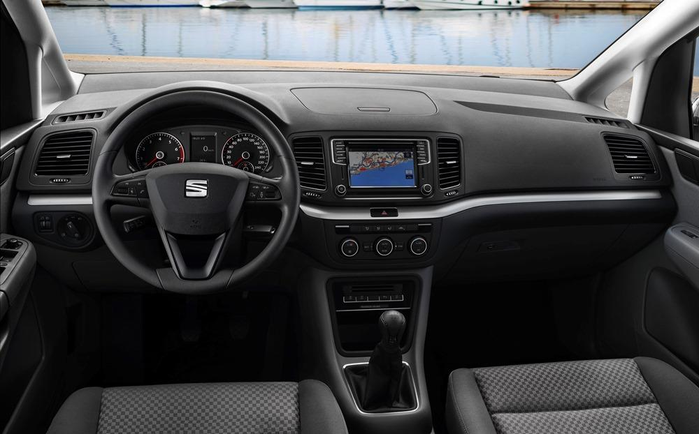 seat alhambra 2 0 tdi ecomotive test 2015 sparsam in. Black Bedroom Furniture Sets. Home Design Ideas