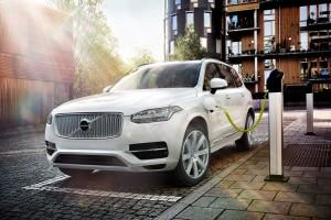 Volvo XC90 Twin Engine Ladestation 2015