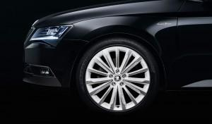 SKODA Showcar Superb Black Crystal 2015 Felgen