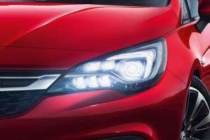 Opel Astra IntelliLux LED 2015 Scheinwerfer