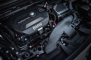 BMW X1 2016 technik motor
