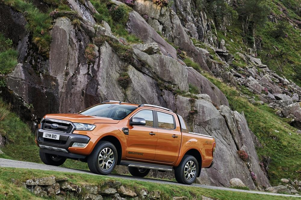ford ranger test 2016 mit voller kraft nach europa. Black Bedroom Furniture Sets. Home Design Ideas
