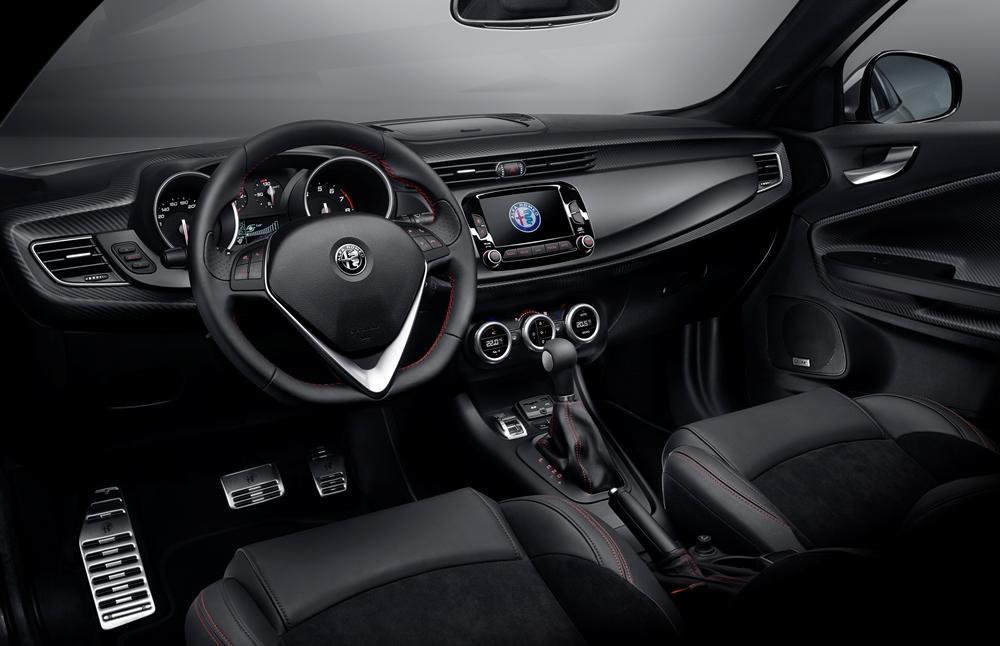 alfa romeo giulietta neues modell vorgestellt. Black Bedroom Furniture Sets. Home Design Ideas