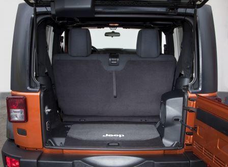 Suzuki Jimny Rear Seat Removal