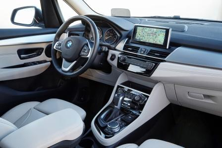 bmw 225xe active tourer im test 2016 ist der plug in hybrid eine echte alternative. Black Bedroom Furniture Sets. Home Design Ideas