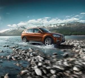 bmw-x1-langversion-2016-ausen-dynamisch-fluss
