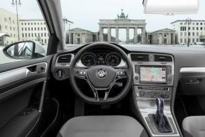 vw_e-golf_2016_innen_cockpit