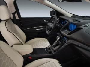 Ford_kuga_vignale_2016_innen_cockpit