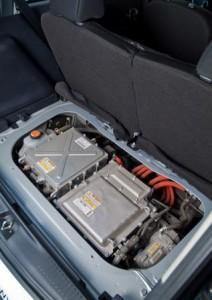 peugeot_ion_2016_technik_batterie