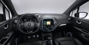 renault_capture_crossborder_2016_innen_cockpit