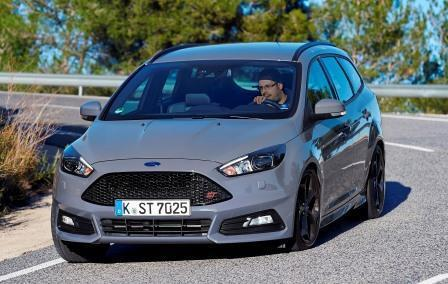 ford focus st turnier im test stra ensportler oder kombi. Black Bedroom Furniture Sets. Home Design Ideas