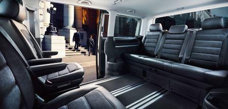 vw multivan t6 vs mercedes v klasse im test das duell um. Black Bedroom Furniture Sets. Home Design Ideas
