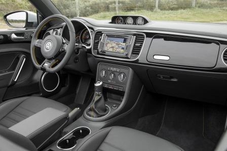 vw beetle cabrio 2017 im test modellpflege l sst kaum w nsche offen. Black Bedroom Furniture Sets. Home Design Ideas