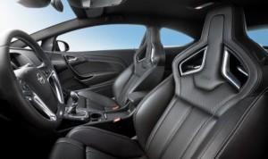 Opel Astra Opc Gegen Vw Golf Gti Duell Auf Augenhohe Meinauto De