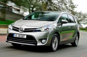 Toyota Verso im Test: modellgepflegter Kompaktvan-Pionier wieder auf Kurs?