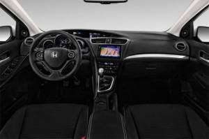 honda-civic-tourer-2016-innen-cockpit