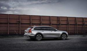 Volvo_V90_Cross_Country_Polestar_Performance_2016_hinten