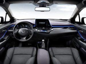 toyota-chr-2016-innen-cockpit