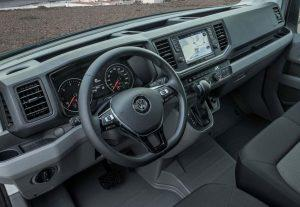 vw-crafter-2017-innen-cockpit