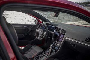 vw-golf-gti-2017-innen-cockpit