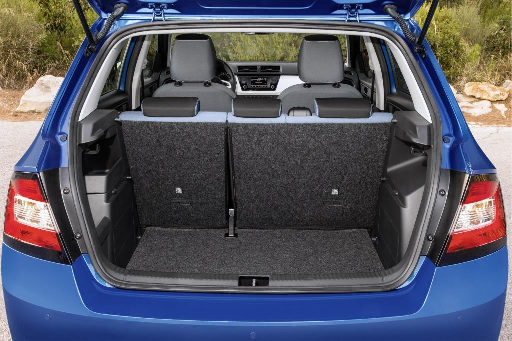 skoda fabia drive im test 2017 die limousine mit dem. Black Bedroom Furniture Sets. Home Design Ideas
