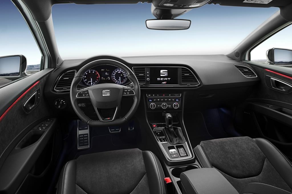 seat leon cupra im test 2017 willkommen im 300er club. Black Bedroom Furniture Sets. Home Design Ideas
